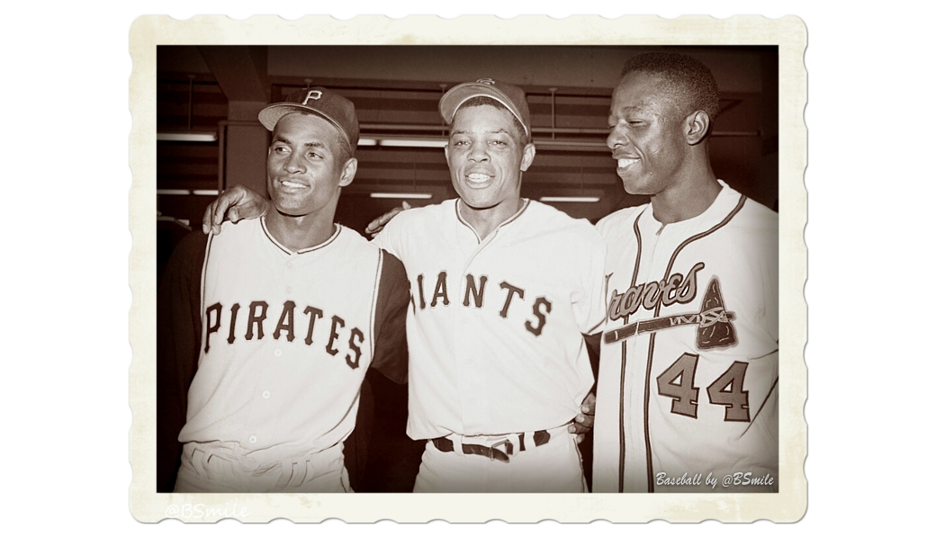 Today In 1961: Baseball legends Roberto Clemente, Willie Mays & Hank Aaron pose after the All-Star Game in San Francisco - A manager's dream outfield! #Pirates #SFGiants #Braves #MLB #History https://t.co/GGzFWhhvbW