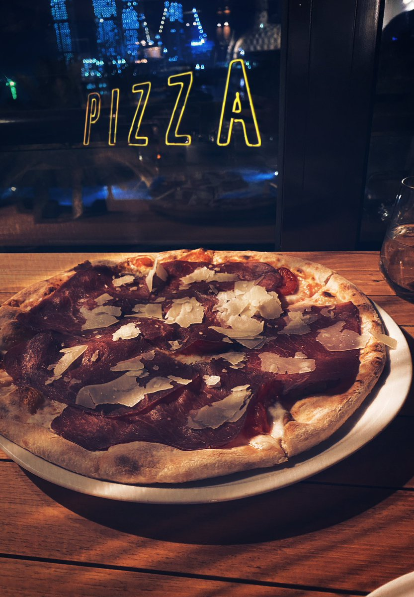 Nothing beats italian food! <br>http://pic.twitter.com/dlWViS4lv7