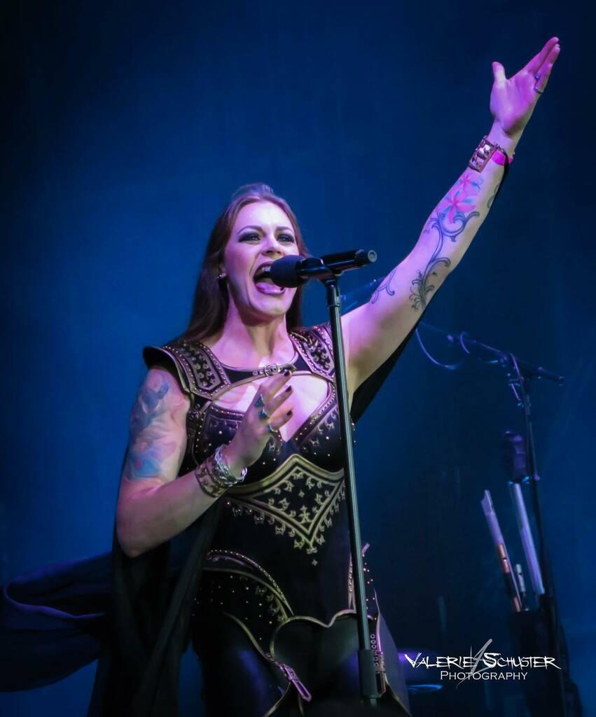 Day 3 of the 'best of'- week :)  (Nightwish at Wacken '18) #nightwish #floorjansen #live #concert #show #symphonic #metal #music #symphonicmetal #metalmusic #dutch #singer #metalsinger #finnish #band #femalefronted #metalband #decades #wewerehere #festiv… https://instagr.am/p/CCgR4a1KK7U/pic.twitter.com/40DPxqBNhX