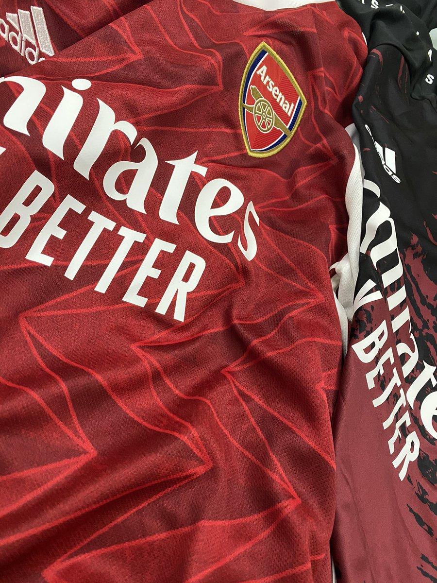 وصل وصل اللبس الجديد...فخم 😍😍❤️ #adidasfootball #Arsenal https://t.co/zoc0bGevbG