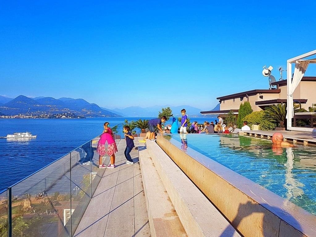 Scorcio di Stresa sul lago Maggiore   #Lagomaggiore #lakemaggiore #stresa #lake #italia #italy #vacanze #holiday #vacation #ferien #ferienwohnung #ferienhaus #travel #urlaub   Per un indimenticabile soggiorno: