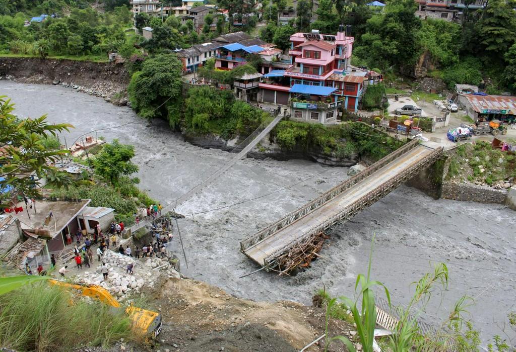 Floods, landslides kill 40 in Nepal, many missing https://t.co/5MHxNoj7kR https://t.co/DdRnXXo3Tv