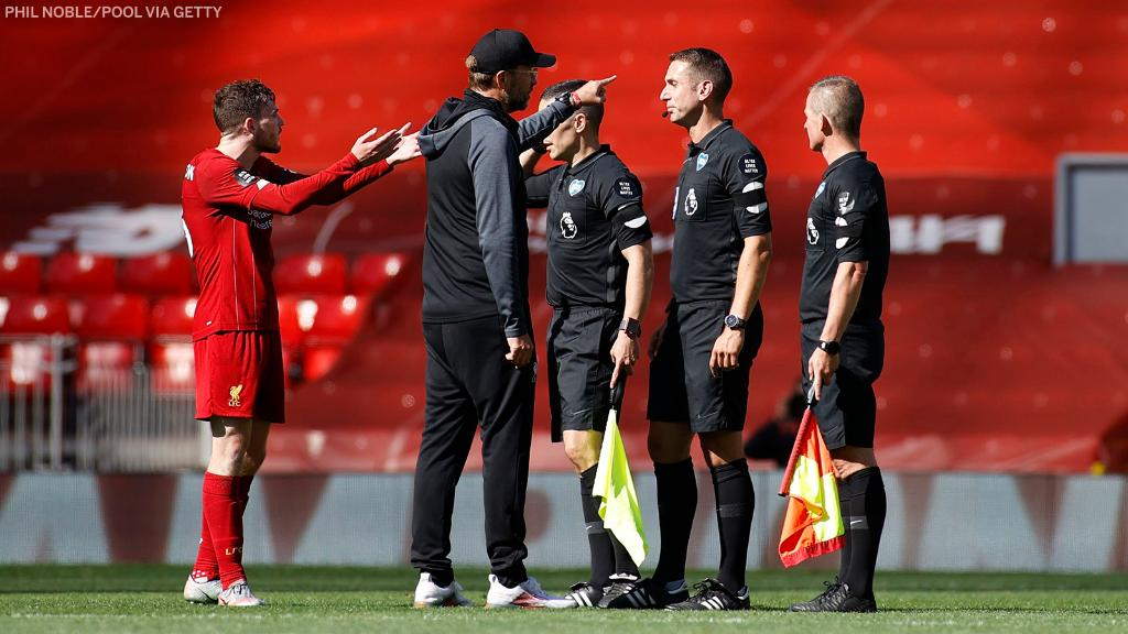 Jurgen Klopp confronted the referee after Liverpool's 24-game Premier League winning streak at Anfield came to an end. https://t.co/MsOxwZBX0i
