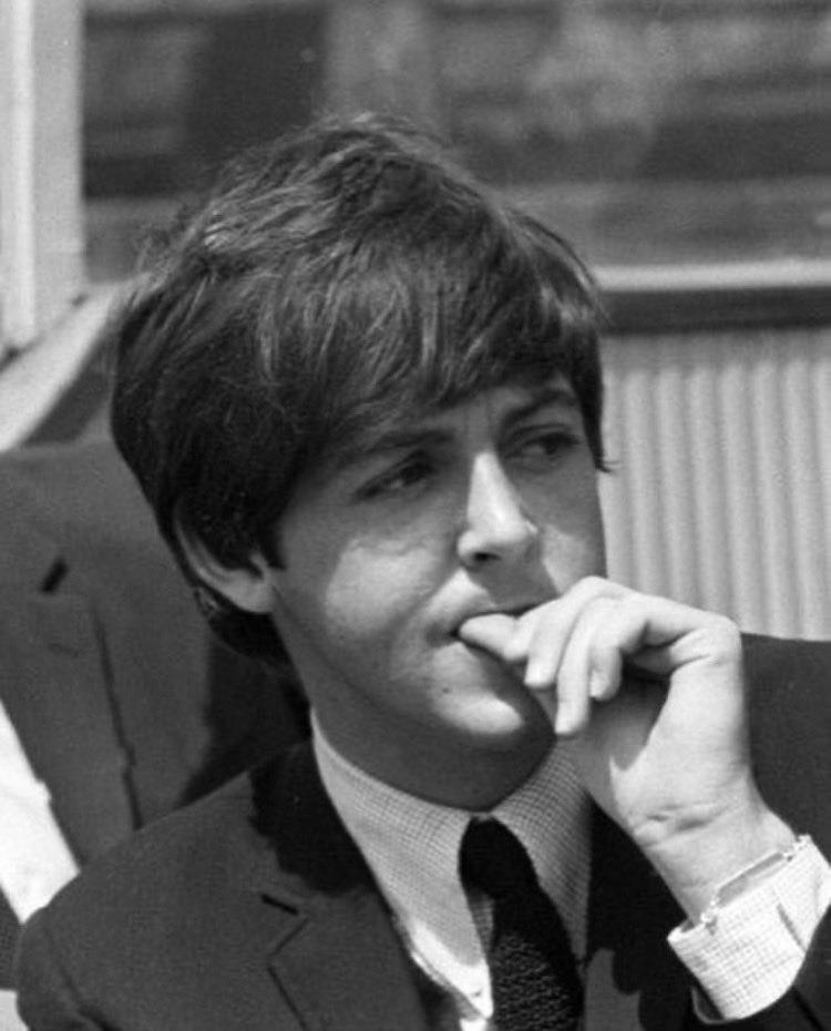 Paul McCartney The #Beatles via @polythenerita