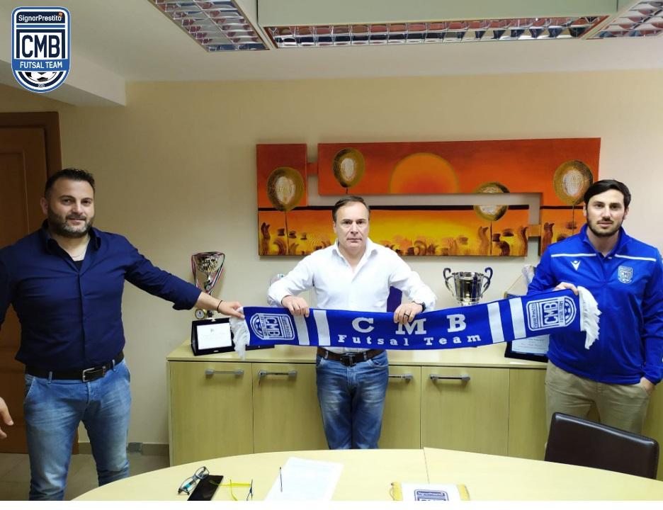 #futsalmercato, un roster per Nitti: il punto sul @SignorCmb https://t.co/hWBnEKB96V #futsal #FutsalHeart https://t.co/QX9vA4CGVH