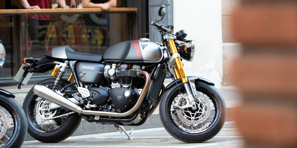 Designed and developed to evolve the #legend even further - the new #Thruxton RS  Book your test ride now - https://t.co/g5kKsoIqr5  #ThruxtonRS #Triumph #Evolved https://t.co/nhRYiXjkt8