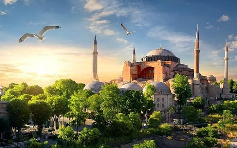 It is Historical Day for #Turkey and #Turkish Congratulations #Turkey #AyaSofyaMosquepic.twitter.com/a0hj4ZMHME