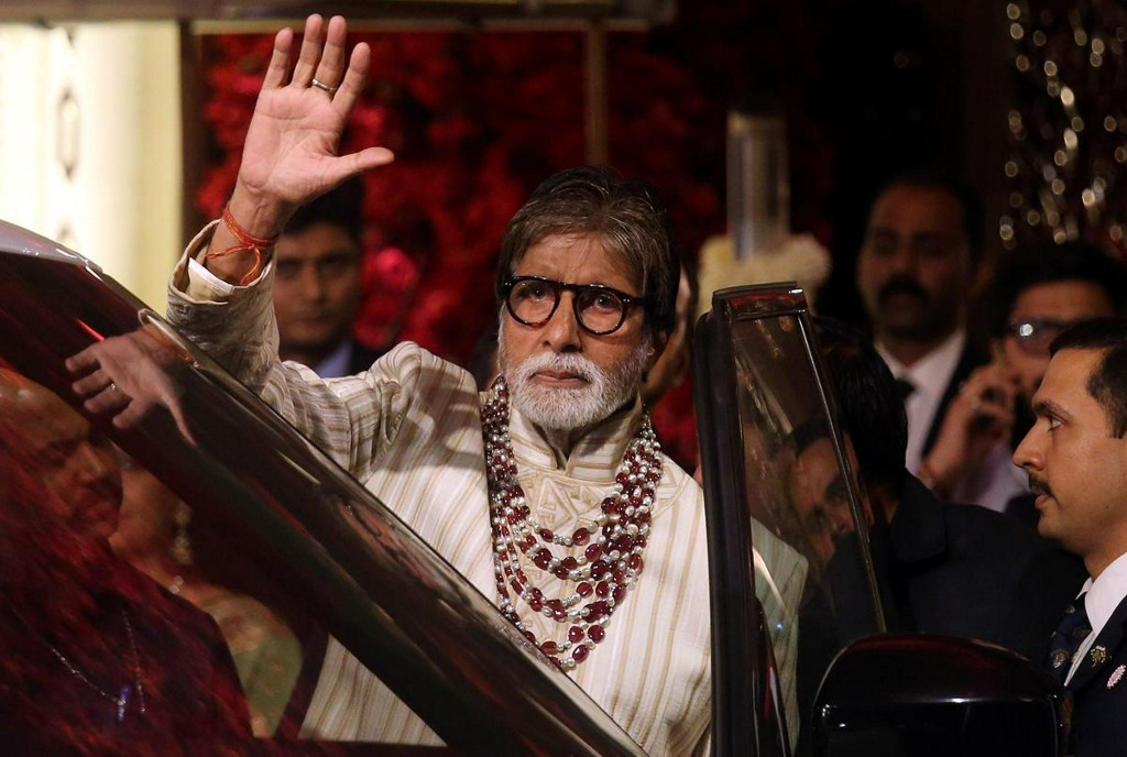 Indian actor Amitabh Bachchan tests positive for COVID-19 https://t.co/B2y80GiTBC https://t.co/rN6xLXC1bv