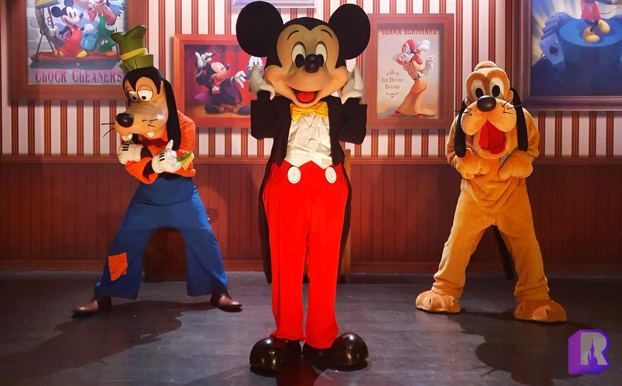 Disneyland Paris ouvert pendant la COVID-19 (juillet-octobre 2020)  - Page 2 EcqhruDXsAENiAd?format=jpg&name=large
