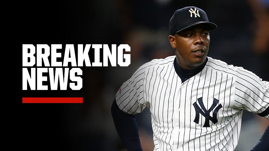 Breaking: Aroldis Chapman has tested positive for COVID-19, Yankees manager Aaron Boone said.   Chapman has mild symptoms, according to Boone. https://t.co/olqzqwnTAA