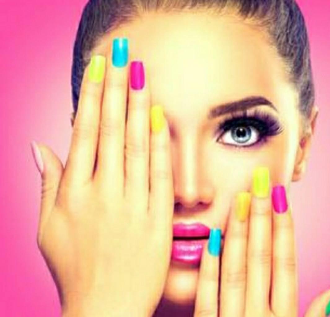 Tunnel Vision.......   #pressed #fashion #fashionweek #summervibes #nails #pressonnails #ShanitaNicole #FortLauderdalezFinest #bossnails #nailmag #beauty #fashionandstyle #custom #blingnails #naillife #miamiswimweek #southbeach #getnailed #getpress'd #sheready #BeastMood https://t.co/sMVGlkcVIE