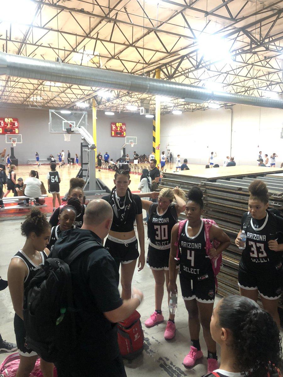 17U BOYD had two dominating wins on Day 1. So much talent on the floor it's scary! Looking forward to Day 2! @AZSelectGirlsBB @AZSelectRecruit @GirlsUAA https://t.co/QNQ8nxYFcj