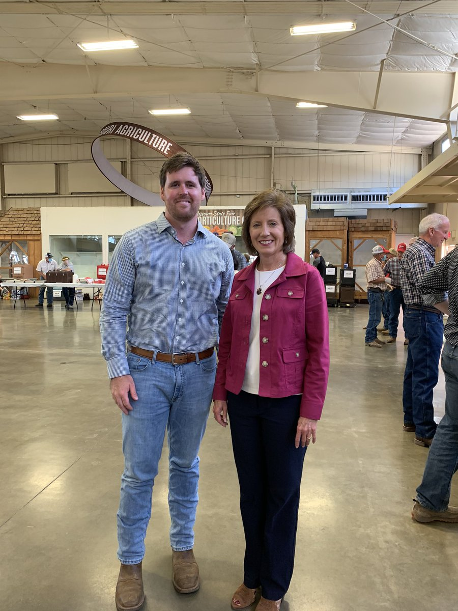 Glad to be with @FitzpatrickMO, @SaraForMissouri, and many others at  the @MoCattle annual steak fry! https://t.co/X7FtQEih1E