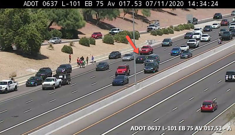 L-101 Agua Fria WB: A crash is blocking the middle lane at 75th Avenue. #phxtraffic