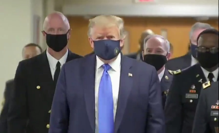 #BREAKING: President Trump visits Walter Reed National Military Medical Center. He is wearing a mask.