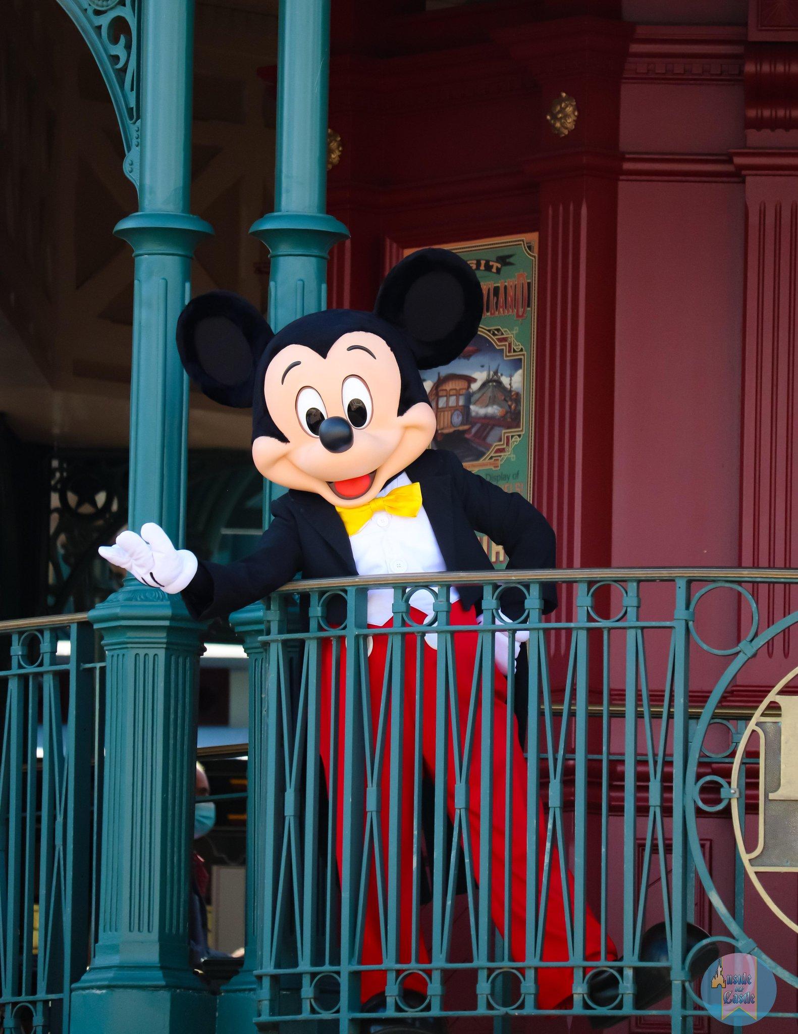 Disneyland Paris ouvert pendant la COVID-19 (juillet-octobre 2020)  - Page 2 EcrRTWcX0AAotIr?format=jpg&name=large