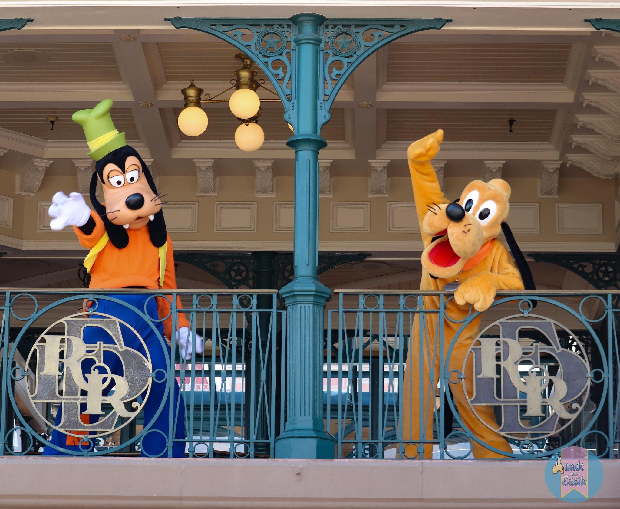 Disneyland Paris ouvert pendant la COVID-19 (juillet-octobre 2020)  - Page 2 EcrRXbNWAAAuFq3?format=jpg&name=large