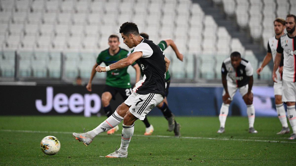 โรนัลโด้เบิ้ลจุดโทษ! ยูเวนตุสตามเจ๊าอตาลันต้า 2-2  #GoalThailand #ฟุตบอลต่างประเทศ #SerieA #Juventus #Atalanta  https://t.co/I3wpKvj60P https://t.co/W7ZWkufxNK