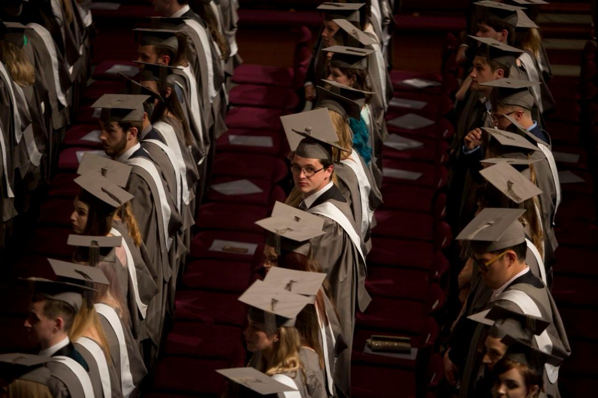How to fix the student loan crisis? Former education official offers a plan by @aarthiswami