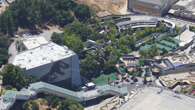 Universal Studios Hollywood [USA - 1964] - Page 21 EcrW-GjWkAAaKx7?format=jpg&name=small