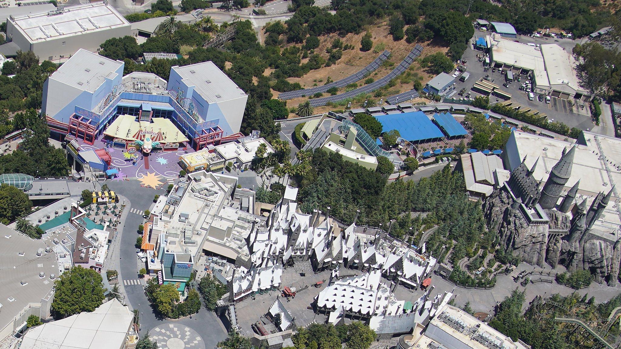 Universal Studios Hollywood [USA - 1964] - Page 21 Ecre-jUXgAIbKie?format=jpg&name=large