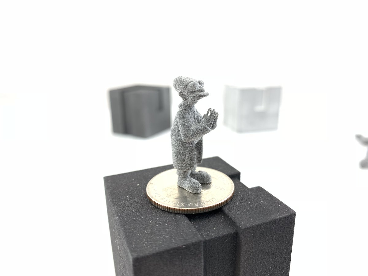 We are living in the Future now!  #additivemanufacturing #3dprinted #futurama #miniature #3dprint