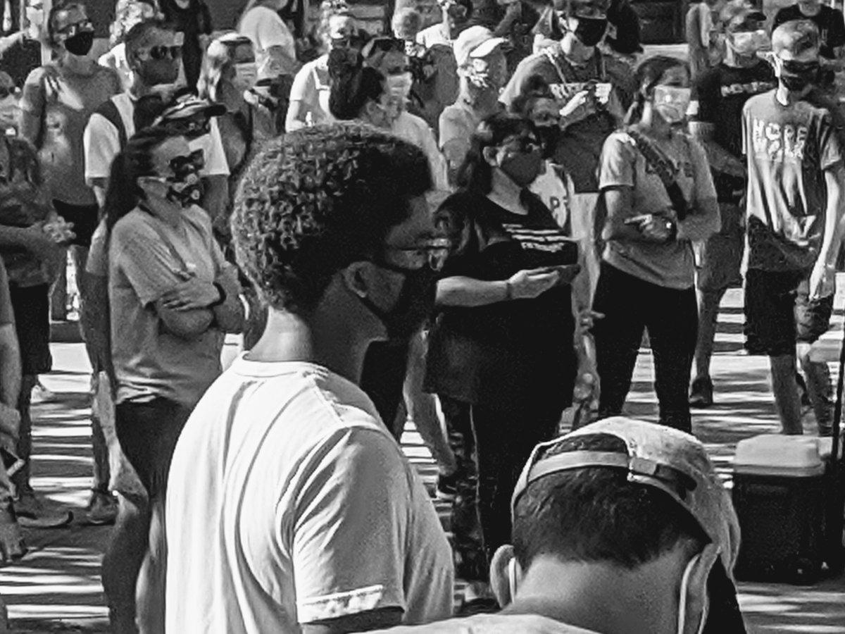 Humans, being.  At Hope Walk 2020 this morning. I was humbled to be among them.  #HopeWalk2020 #HopeWalk #KansasCity #kcmo #kc #olathe #overlandpark #lenexa #leawood #SocialJustice #mentalhealth #communityrelations #BlackLivesMatter #education https://t.co/cPfpVn4uQZ