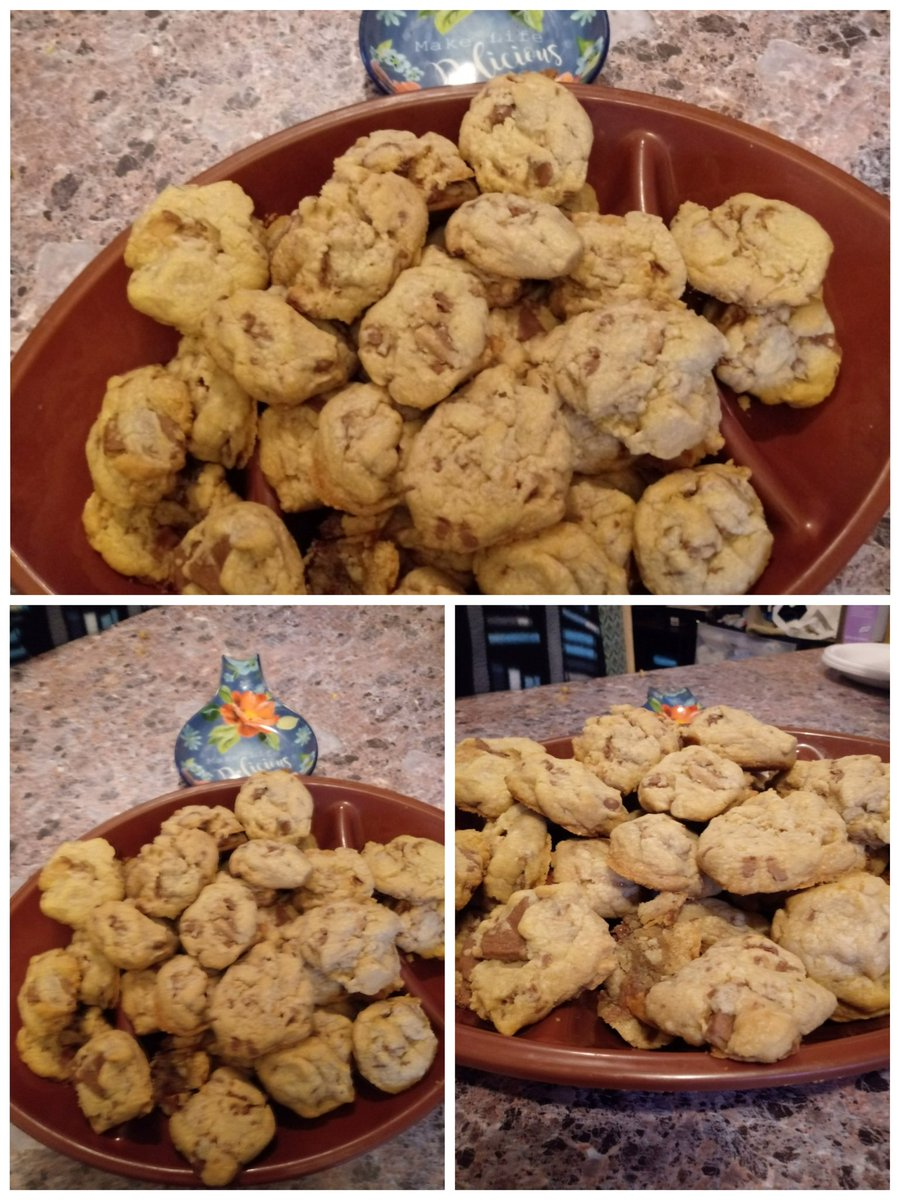 Made butter toffee cookies today. They came out so yummy! Pretty too! #cookies #BakingDiaries  #SaturdayKitchen #yummyfood https://t.co/ML9XkdDn8D