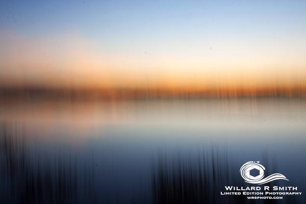 Motion + Sunset = Amaxing  #wrsartmakesmehappy #sunsets #goldenhour  #beach #beaufortsc #saltlife #intercoastalfishing #oceanisle #river #sc #savannah #charlestonsc #travel #nature #beautiful #summer #ocean #landscape #travelgram #clouds #vacation #instatravel #nofilter https://t.co/JUwhL5YS6J