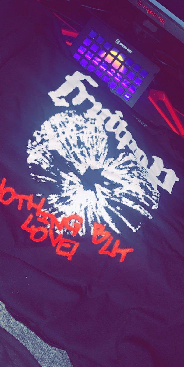 Thanks king @TristanGHill! This shirt hits differenttttt! #nbl https://t.co/y3Ab1YgMxy