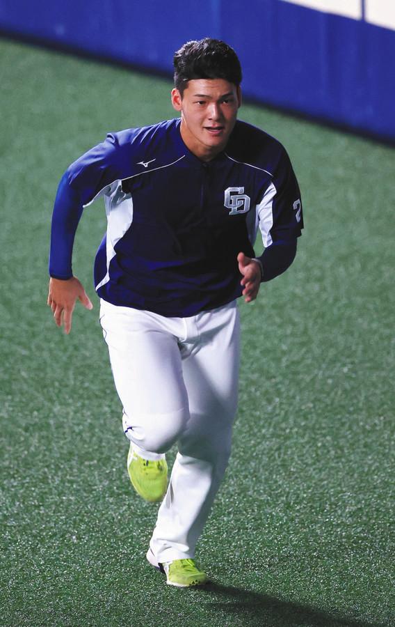 中日1位・石川昂が1軍合流、即登録へ 今季の高卒新人最速デビューなるか(中日スポーツ)- Yahoo!ニュース 中日のドラフト1位・石川昂弥内野手(19)が12日、1軍に合流した。11日の広島戦で左太もも裏を肉離れした高橋周平内野手(26)に代わって登録される見込み。