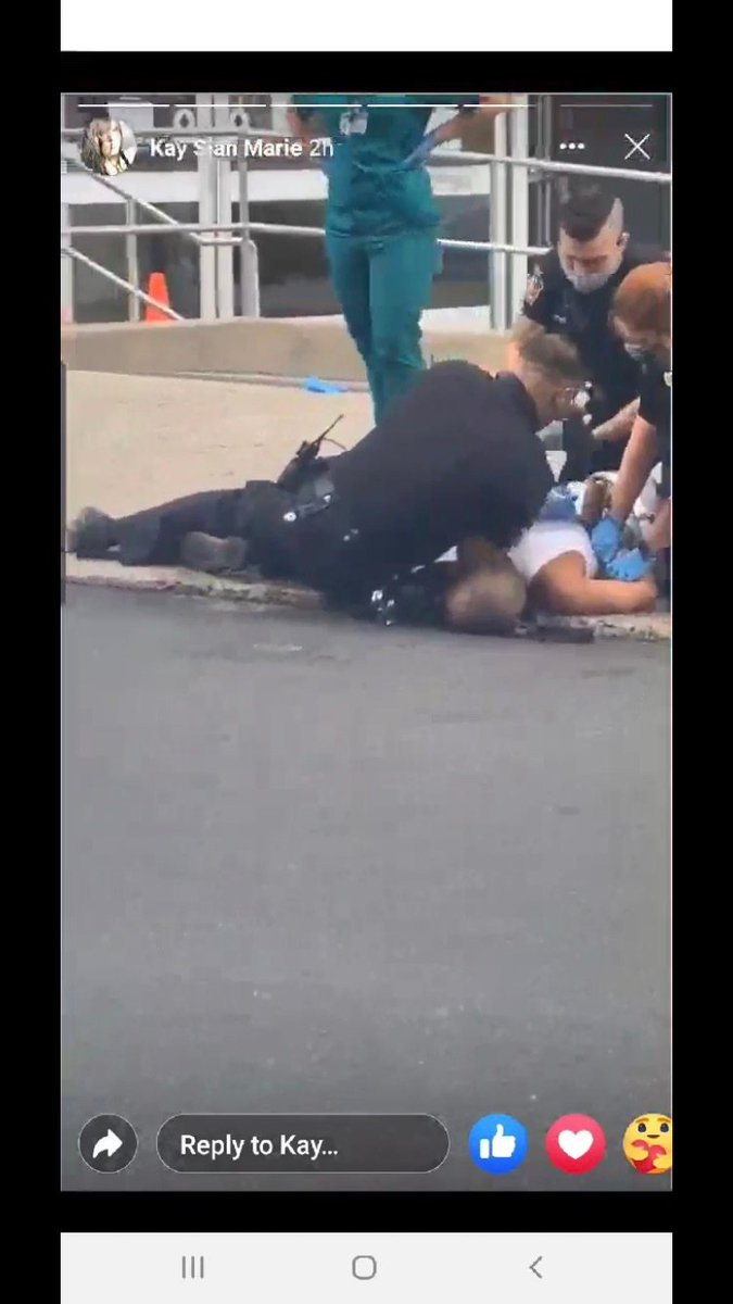 This officer has his knee on this man's neck while he screams for the officer to stop and listen. Protect + Serve or Enslave + Exterminate? #DefundThePolice Allentown City council chief clerk: Michael.Hanlon@AllentownPA.gov @AllentownPolice chief: Glenn.Granitz@AllentownPA.gov https://t.co/pZ8tu6dYtC