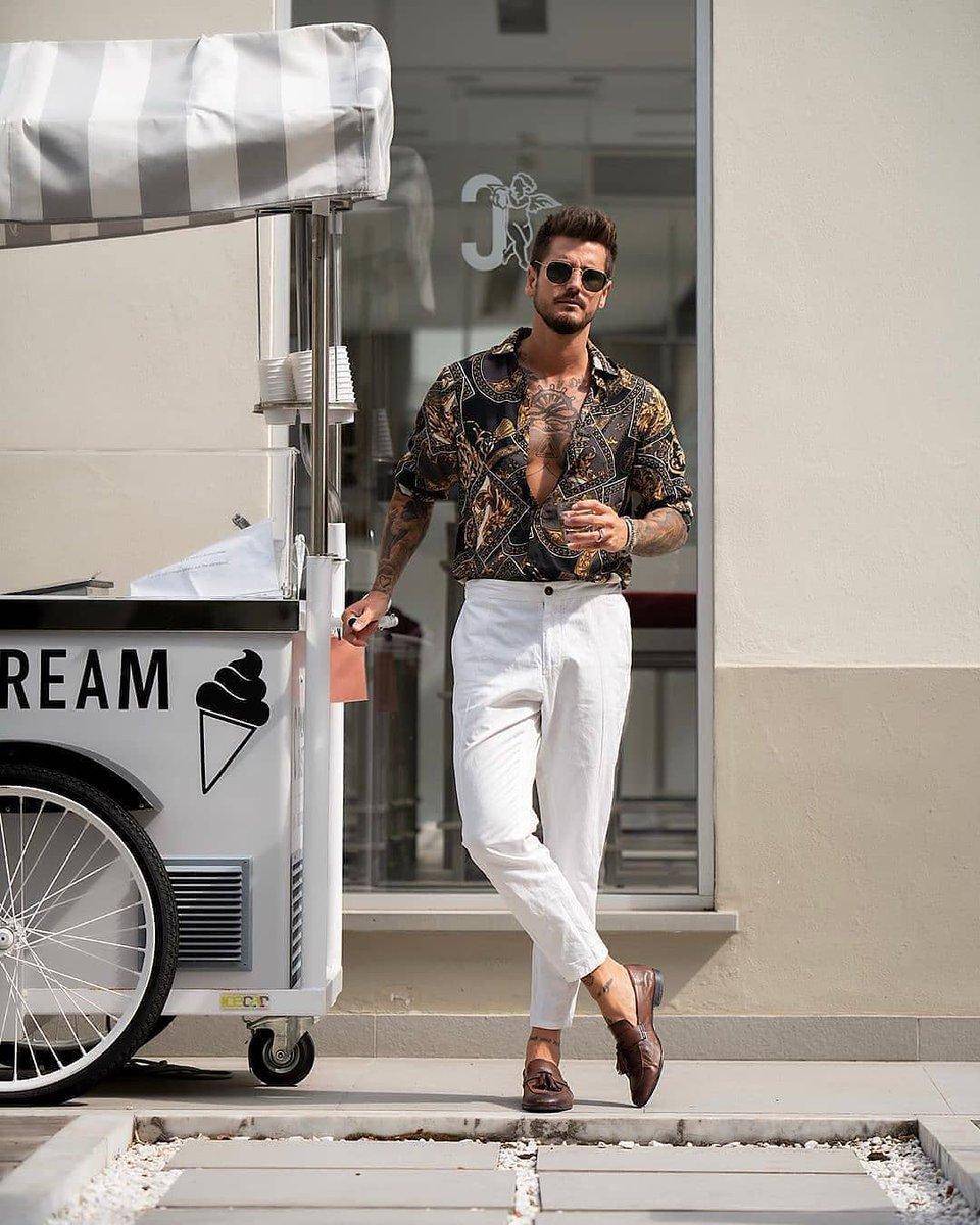 Who loves the vintage shirt?  #menswearinspired #fashionblogers #gentslounge #tailormade #menblogger #dapperstyle #menssummerfashion #styleformens #mensstyles #dapperfashion #casualstyle #mydailystreet #dailystreetlooks #streetwearapparel #trueoutfit #streetfashionmenpic.twitter.com/c8B1dgYICV