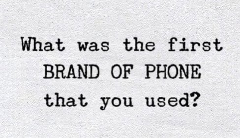 What was the first BRAND OF PHONE that you used ? #SundayMorning <br>http://pic.twitter.com/jUpfg8wgsH