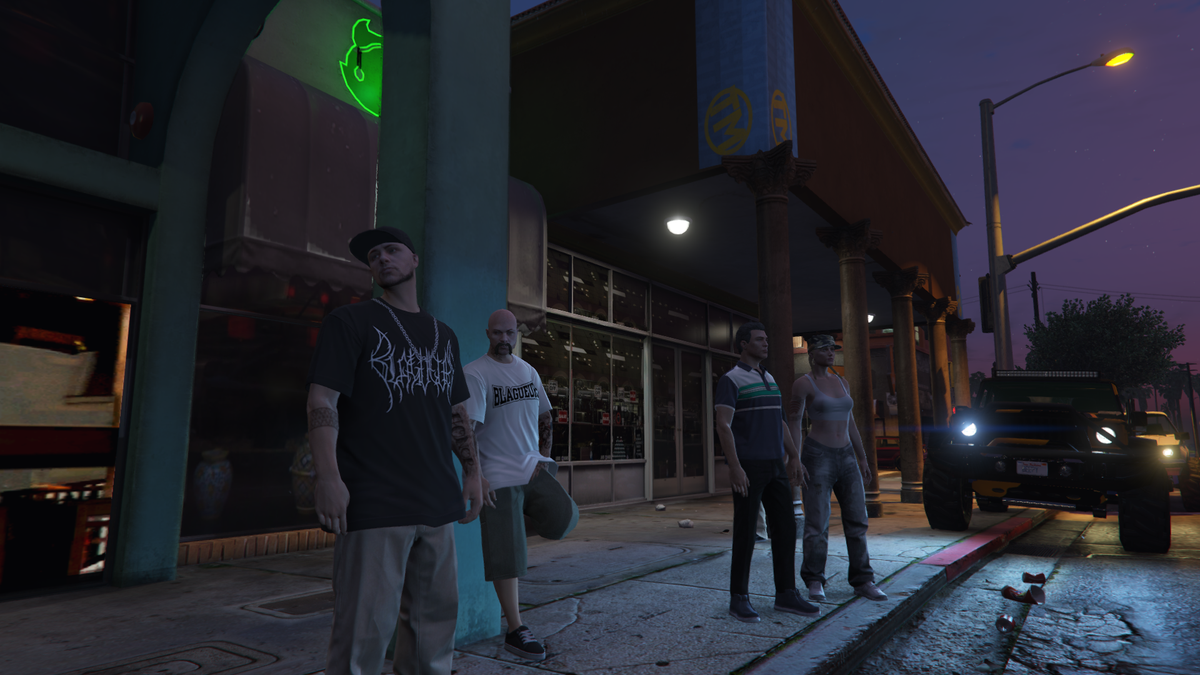Regular night out with the homies. #gtaw #gtarp #gtav https://t.co/d4nkepLdlG