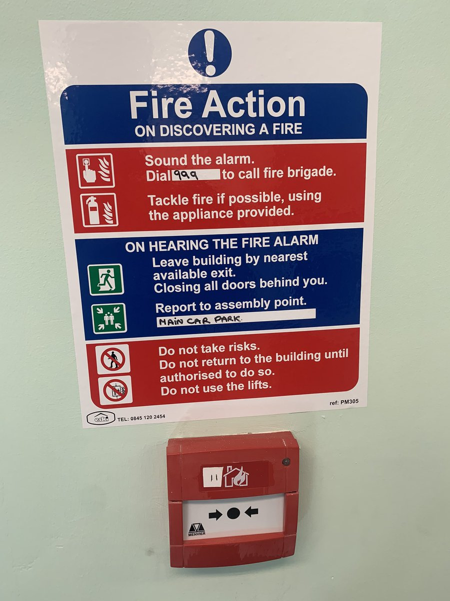 Fire action notices tell the occupants of the premises exactly what to do in the event of a fire or alarm activation. As a minimum they should be located at exits and manual call points #firesafety #firetrainingpic.twitter.com/qNR2gRrINH