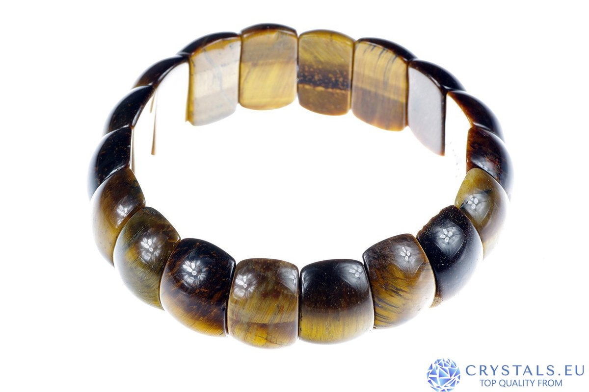 Tiger eye Happiness grows with every crystal you get  Get yours here:   #crystalhealing #meditation #spiritual #gemstone #gemstones #gems #crystal #crystals #stones #healingstones #crystalporn #crystallove #love #spirituality #healingcrystals #Tiger eye