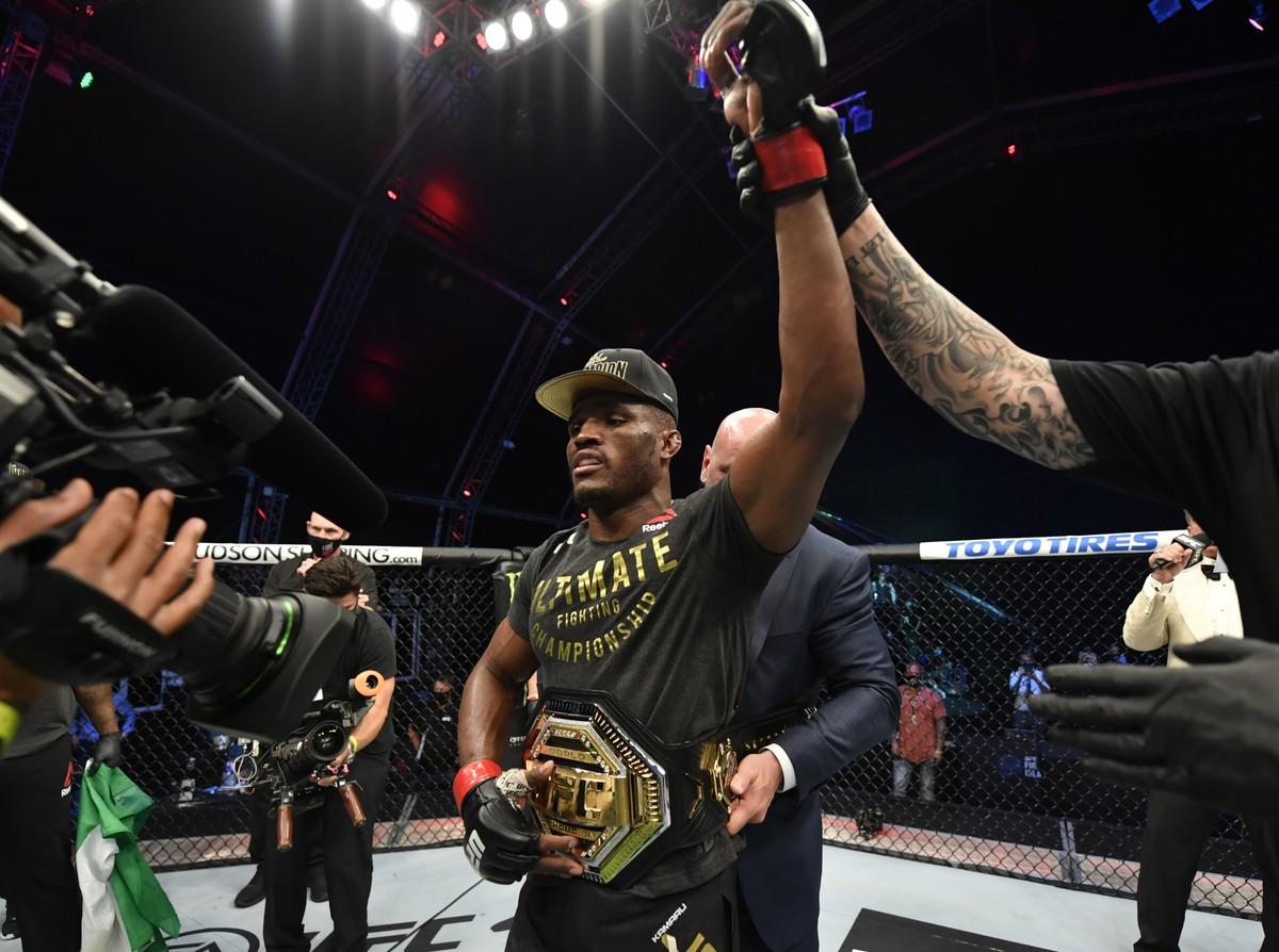 Kamaru Usman não corre riscos e vence Jorge Masvidal por pontos na luta principal do UFC 251 https://t.co/XqDEmeX074 https://t.co/puKBpjouAQ