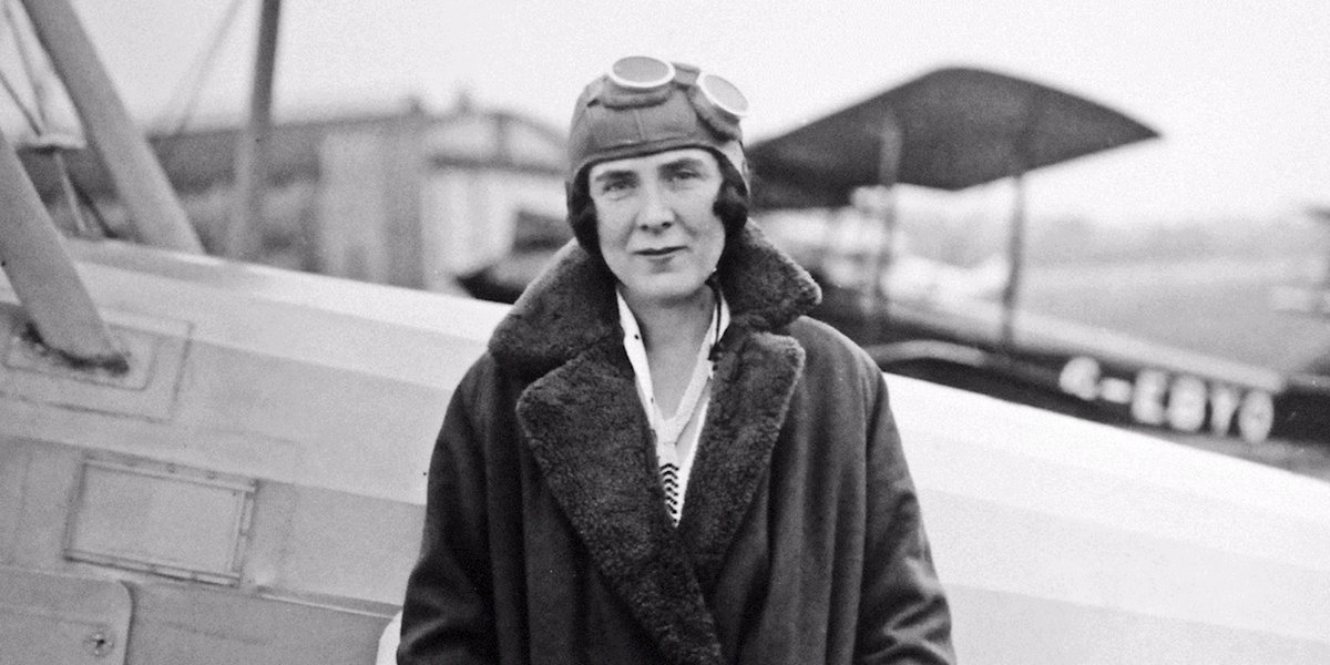 This week in 1927, Mrs Bruce Victor set off from London, driving through Europe and eventually planting a Union Jack flag about 400 kilometres north of the Arctic Circle, further north than anyone had previously driven. Her record stood until the current century. #thisdaythatyear <br>http://pic.twitter.com/GdWs6imIVy