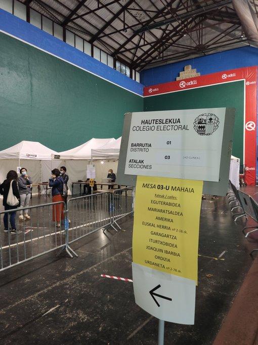 🔴  [EN DIRECTO] Seguimiento de la jornada electoral, en NAIZ  https://t.co/T77Z9HjQWf Los colegios electorales abren en unos minutos https://t.co/zd2XkXwQN7