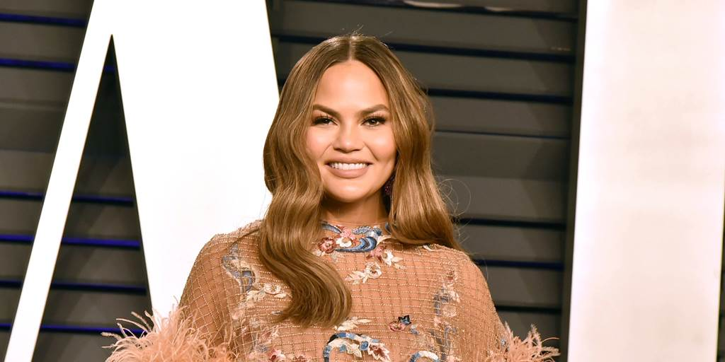 """""""I've always enjoyed things a little more chaotic than most people would prefer. I feel that I run well in chaos."""" - @chrissyteigen https://t.co/5kP9ApohpU"""