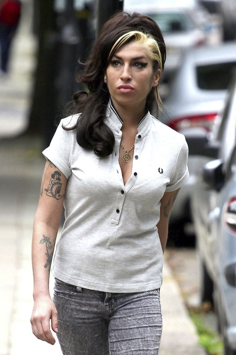 Amy Winehouse On Twitter Onthisday 9 Years Ago 12 07 2011 Amy Winehouse S Last Pictures Were Taken Of Her Strolling Round Camden Town She Was Looking So Incredible And Healthy Towards The End Of Her