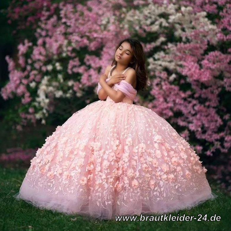 Blumenmädchenkleider   Blumenmädchen oder Erstkommunion Kleid in Altrosa   Brautkleider und Accessoires Günstig Online Kaufen#brautmode #heiraten #schmuck #krone #tiara #abendkleid #brautkleid #standesamt #brautmode #hochzeitskleid #weiss #brautschuhe https://t.co/oMUwMGbP0p https://t.co/09Kb2WRGzE