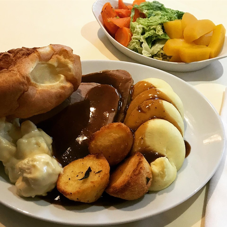 Looking forward to welcoming everyone who's booked in for Sunday dinner today, it's great to have you all back. We serve food 12pm-9pm, advance booking required for both food and drinks, call 01434 344534 to book #SundayLunch #Pubs<br>http://pic.twitter.com/2ITRSS11V1