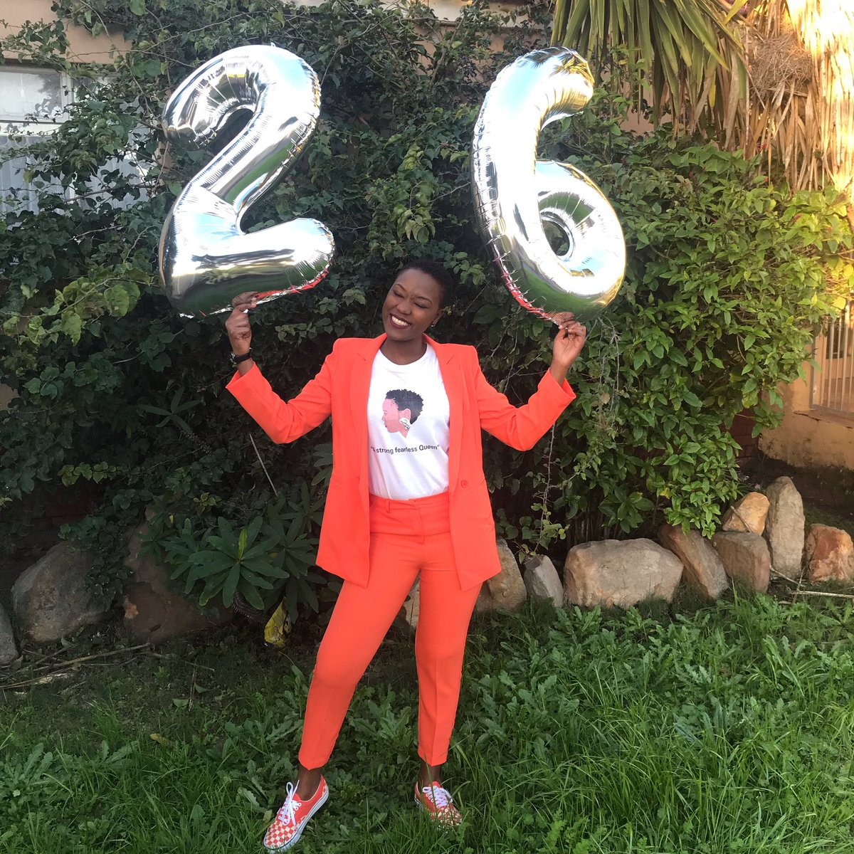 Happy birthday to me❤️ • Suit @TheFIXza  Shoes @VANS_66  T-shirt @QhawekaziWear   #qhawekaziwear #outfitshare #Phenomenal #26years #meetingyourpower💪 #strength #stronggirl #suitstyle #ladyinsuit #happybirthday #12july https://t.co/DDZyV0y2KY