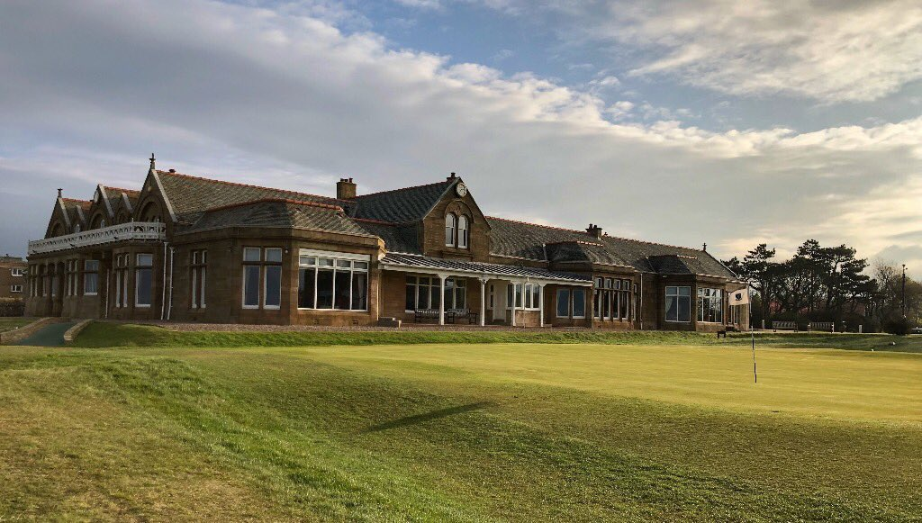 🏌🏿♂️Golfing Tours available to book for season 2021 : planning great times ahead, with friends #RoyalTroon #Golf ⛳️  April  / 2 nights   Royal Troon @RoyalTroonGC The Irvine GC @IrvineGC  Kilmarnock Barassie @Barassie_KBGC  Total Cost of Trip from = £499pp   info@ayrshiregolf.com https://t.co/SADWrlTPzl