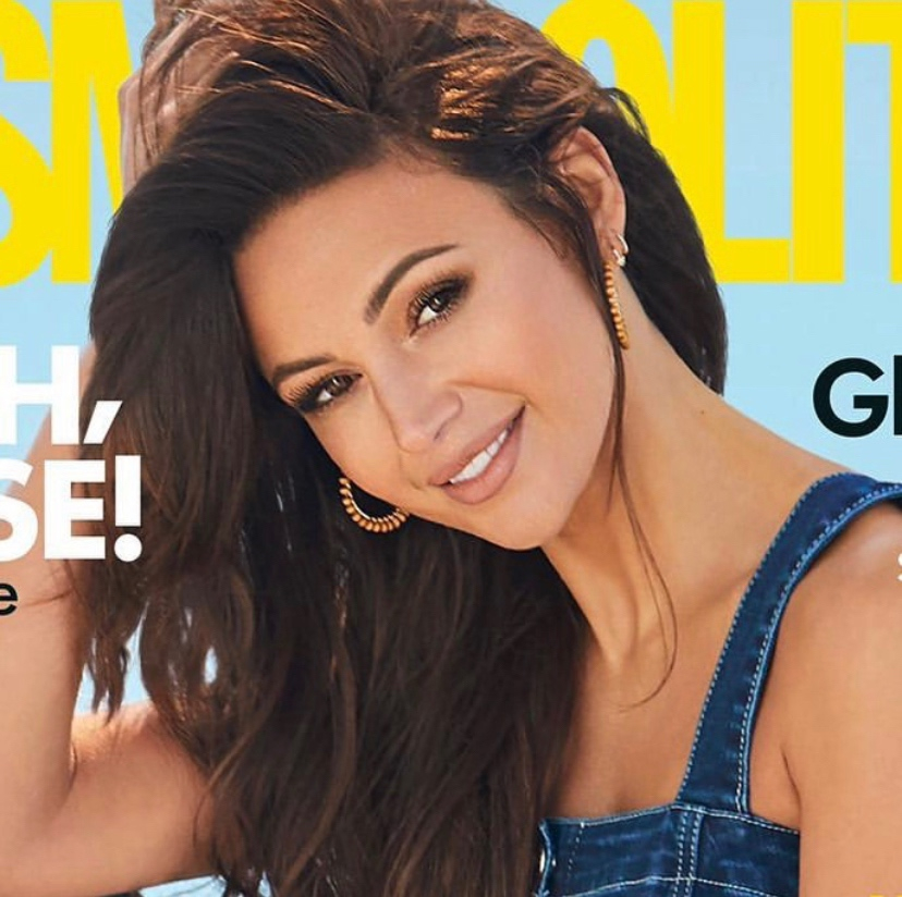 The most gorgeous sultry #softglam on the beautiful @michkeegan for @CosmopolitanUK      The amazing @emmyclarkson completed this stunning #makeuplook with our 'Dark Matter' mascara & 'Element' lipstick https://soo.nr/Sejs #MichelleKeegan #CosmopolitanMagazinepic.twitter.com/fcx3rUViO3