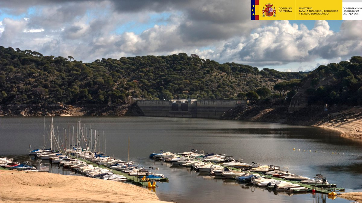 🚤Quieres navegar en las aguas de la cuenca del #Tajo este #verano? Te dejamos algunos enlaces de interés   🏞Espacios navegables https://t.co/2xuezc2ZfS 📄Trámites y permisos https://t.co/3SU1b1pFKj 🚿Prevención de EEI https://t.co/mx2NxyVELF  #NoLoTiresPorLaBorda https://t.co/ajxBlNrzU6
