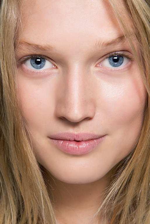 Glowing Face #GlowingBeauty #HorebBeautyWorld CC : Internet  #trending #makeup #makeuplooks #makeupartist #makeuplife #makeupideas #makeupaddict #makeuplover #makeuptransformation #softglam #makeupgoals #indianmakeuplook #makeupgoal #likeforlikes #followforfollowback #glamourouspic.twitter.com/JVUW1R27PO