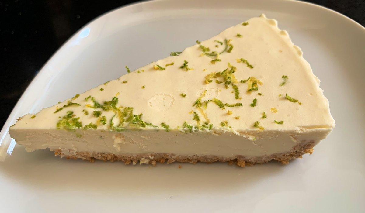 #vegan key lime pie  <br>http://pic.twitter.com/1pFgTCLCBG